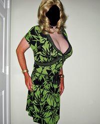 I have a new dress & I feel so pretty