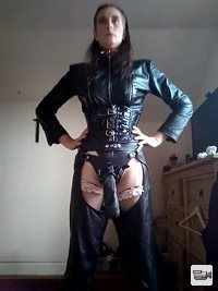 Isabella preparing to DOMME clients...
